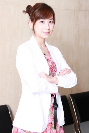 中山醫院婦產科主治醫師、美人魚婦產科診所院長 - 郭安妮醫師